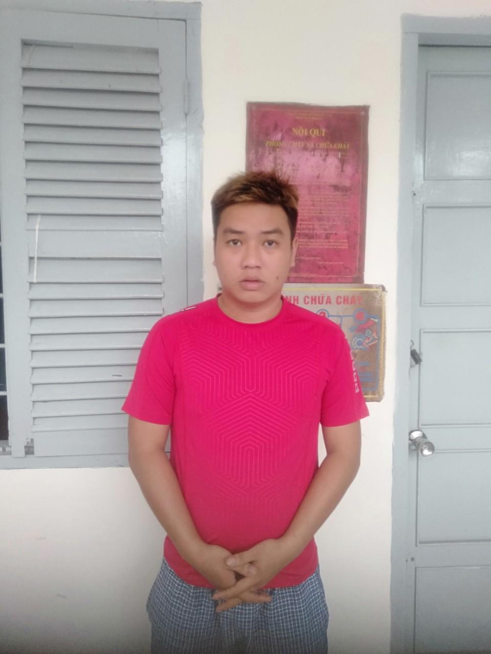 Nam thanh niên bị nhóm người bắt giữ, tra tấn đánh gãy 2 tay và 1 chân - 1