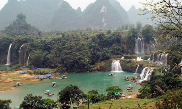 Top địa điểm khó đến nhất ở Việt Nam nhưng khách Tây vẫn muốn tới bằng được - 1