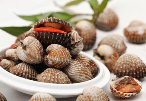 Chăm ăn những thực phẩm này, không bao giờ phải lo tóc rụng và bạc sớm - 1