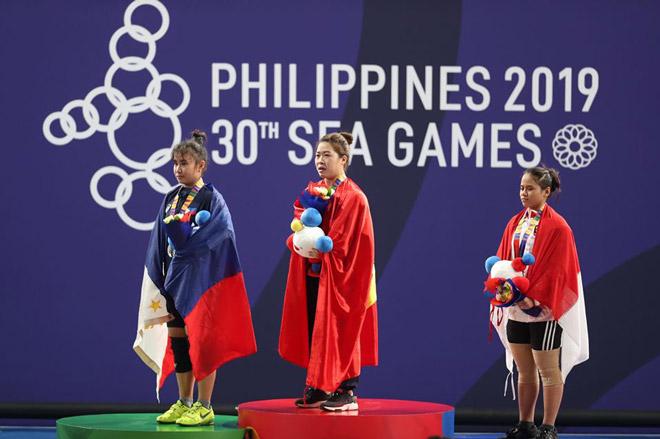 Cô gái dân tộc Giáy gây sốt SEA Games: Ẵm HCV cử tạ, mơ vé dự Olympic - 1