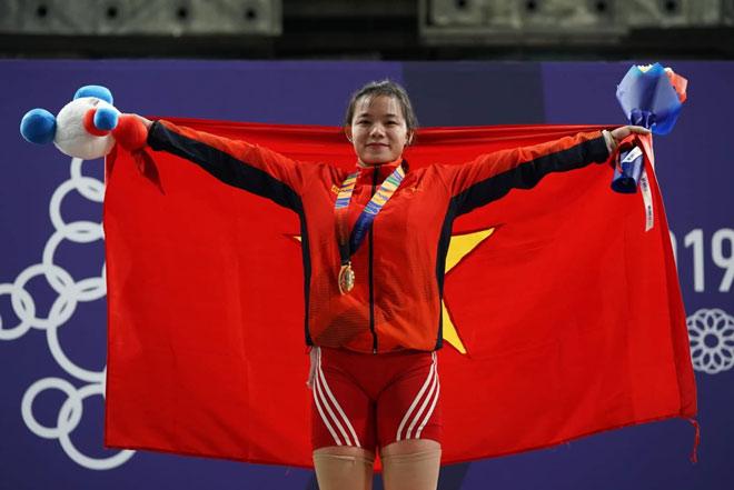 Việt Nam có HCV cử tạ nghẹt thở nhất SEA Games: Đối thủ bị phạt, hơn 1 kg - 1