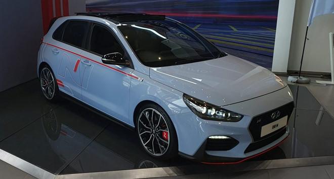 Hyundai i30 N giá từ 1,66 tỷ đồng, số lượng hạn chế - 1