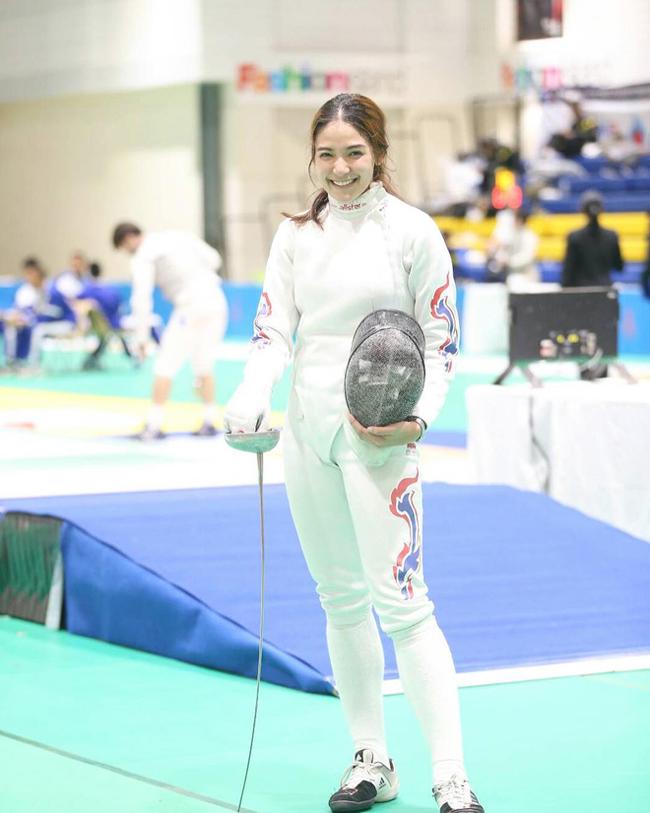Tháng 8 vừa qua, cô gái 9X lọt top 64 tại giải World Fencing Championships 2019 ở Budapest, Hungary.