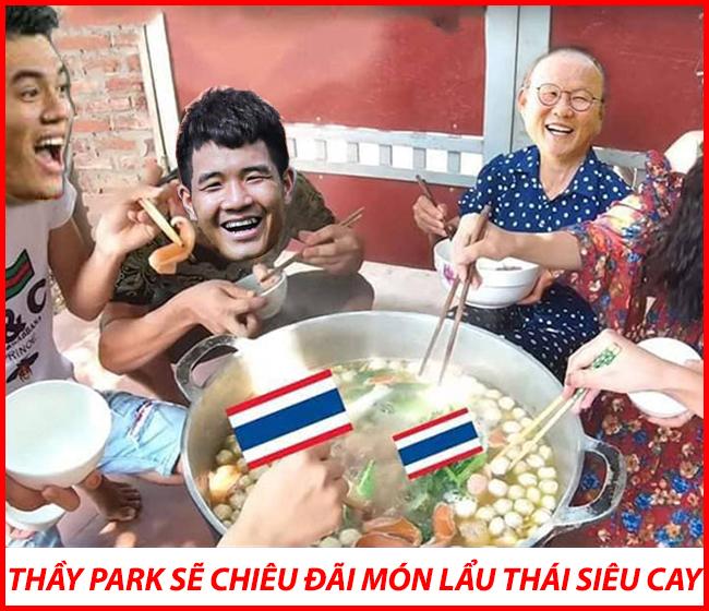 """Thầy Park hứa hẹn chiêu đãi fan hâm mộ món """"lẩu Thái siêu cay""""."""