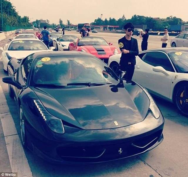 Choáng với độ giàu có của các rich kid Trung Quốc - 1