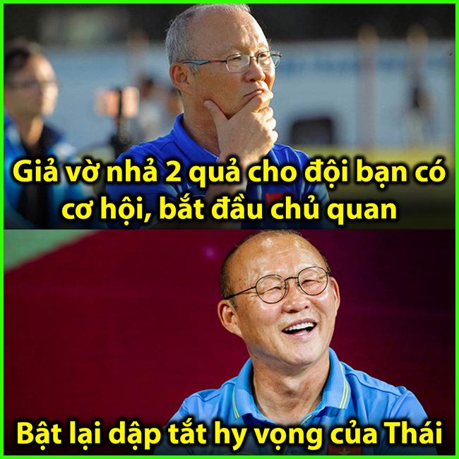 Đầu trận giả vờ cho bạn Thái Lan mừng tí, cuối trận gỡ hòa tiễn các bạn về nước.