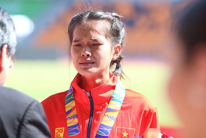 VĐV Việt Nam lỡ vàng khóc như mưa: Uất ức vì chủ nhà giấu kín đường chạy - 1
