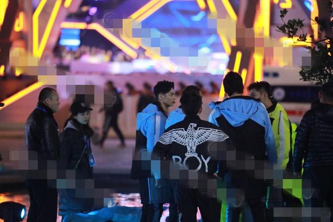 Vì sao nghệ sĩ tử nạn nhưng show thực tế Trung Quốc vẫn luôn ưu tiên quay đêm? - 1