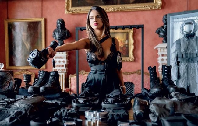 """Sở hữu nhan sắc nổi bật và đường cong quyến rũ – Eiza González là một trong hai bóng hồng quyến rũ nhất """"Fast & Furious: Hobbs & Shaw"""", thậm chí còn có phần lấn át cả nữ chính."""
