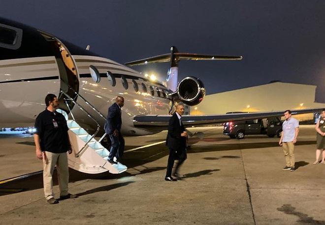Vợ chồng cựu Tổng thống Mỹ Obama đang ở Việt Nam - 1