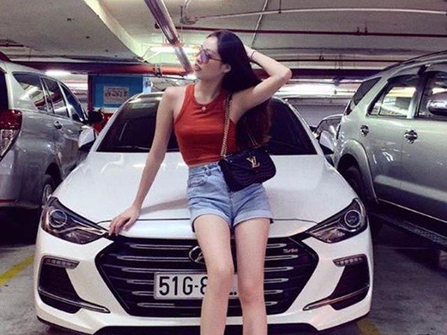 """Tân Hoa hậu Hoàn vũ Việt Nam 2019: """"Chiếc xe tôi đang sở hữu là trả góp thôi"""""""