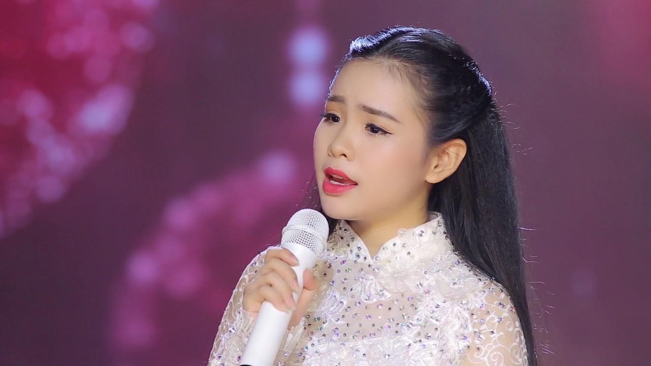 """""""Thiên thần Bolero"""" xinh đẹp khiến Phi Nhung phá lệ nhận làm con nuôi là ai? - 1"""