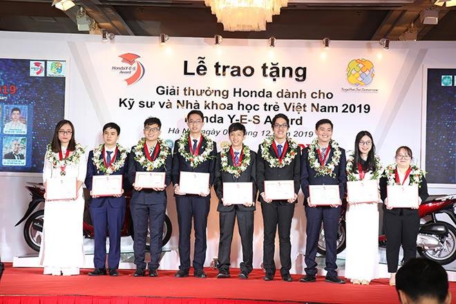 Honda Việt Nam tổ chức Lễ Trao tặng Giải thưởng Honda Y-E-S lần thứ 14 - 1