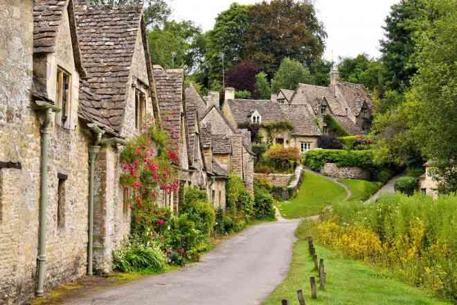Thăm ngôi làng trên hộ chiếu nước Anh - 1