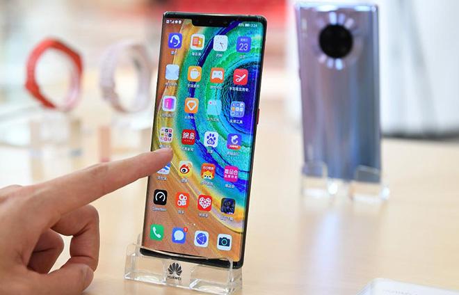 Huawei từng muốn từ bỏ kinh doanh smartphone - 1