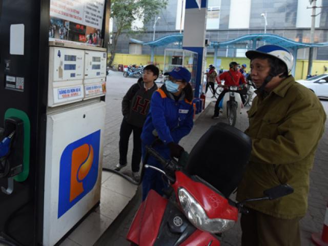 Giá xăng dầu tiếp tục lao dốc