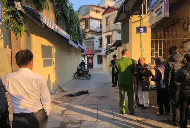 Người đàn ông nghi nổ súng vào nhóm thanh niên ngồi uống nước tại Hà Nội - 1