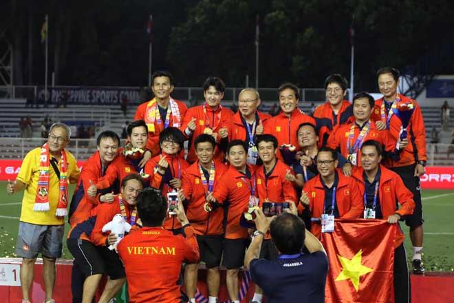 U22 Việt Nam vô địch SEA Games: Các cựu danh thủ nói gì về thế hệ đàn em? - 1