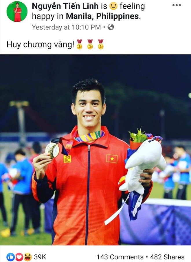 """Lấy vàng SEA Games 30, 11 cầu thủ """"hot"""" nhất U22 Việt Nam viết gì trên Facebook? - 1"""