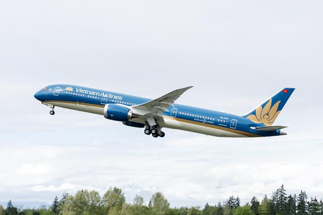 Mở bán gần 70.000 vé máy bay Tết chỉ từ 199.000 đồng/vé - 1