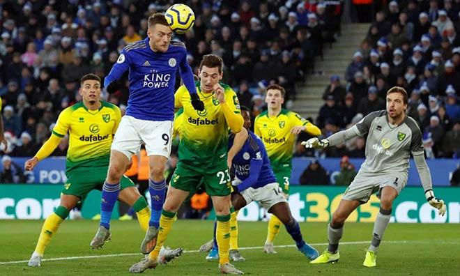 Video highlight trận Leicester - Norwich: Vardy ghi dấu, kết quả ngỡ ngàng - 1