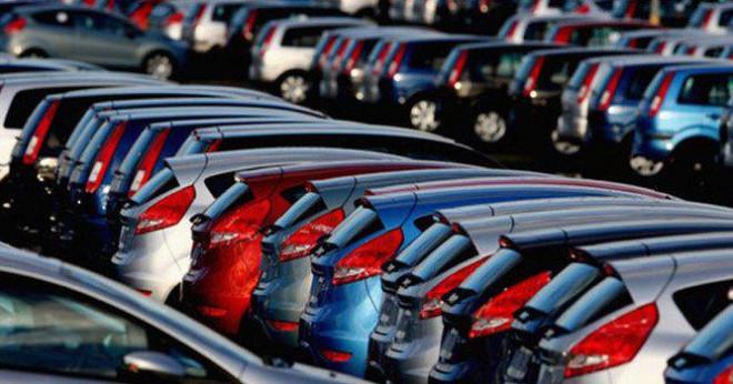 Nhập khẩu ô tô tăng vọt, Hải quan bội thu thuế - 1