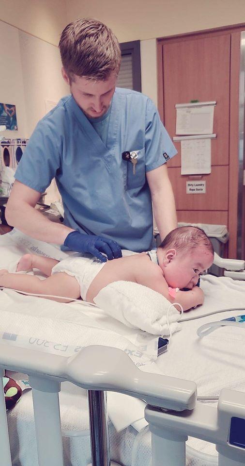 Quách Thành Danh chi 40 tỷ, bỏ hết việc để chữa bệnh tim bẩm sinh cho con - 1