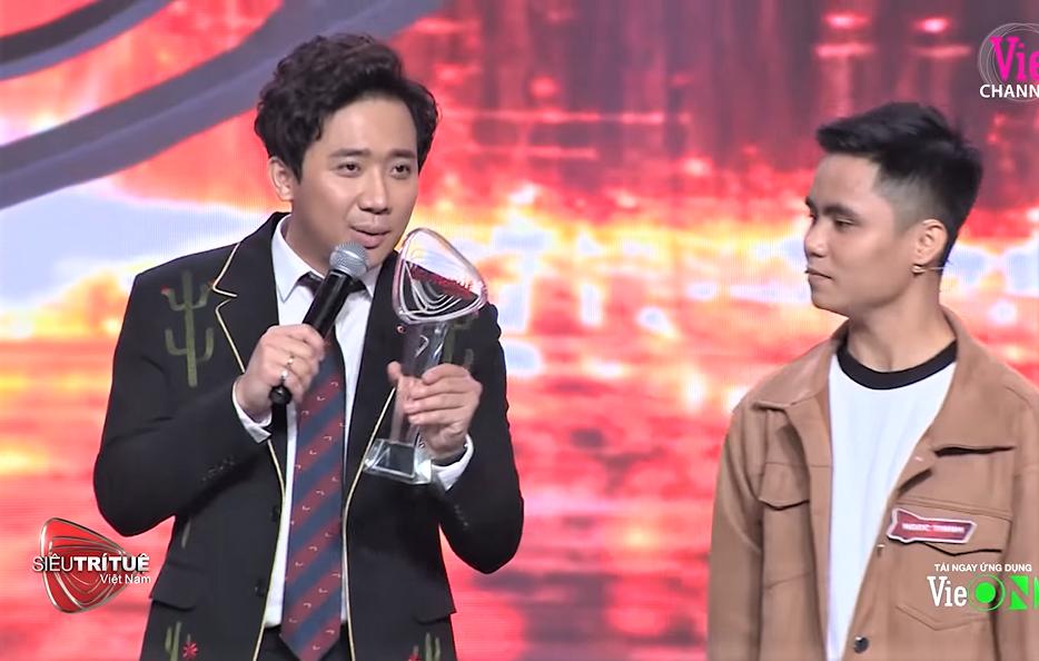Chương trình MC Lại Văn Sâm làm giám khảo bị khán giả phẫn nộ đòi tẩy chay - 1