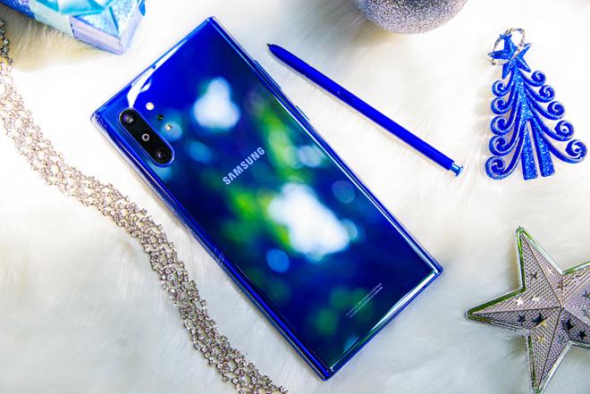 Top smartphone lý tưởng cho mùa Noel 2019 - 1