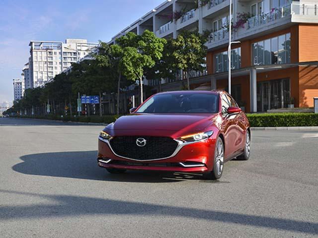 Mazda3 thế hệ mới bản tiêu chuẩn 719 triệu đồng khác gì về trang bị so với bản cao cấp