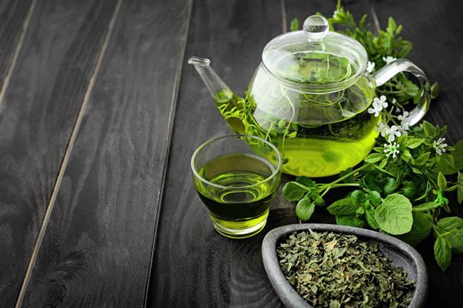 5 công thức làm đẹp ít biết từ trà xanh giúp tiết kiệm hầu bao