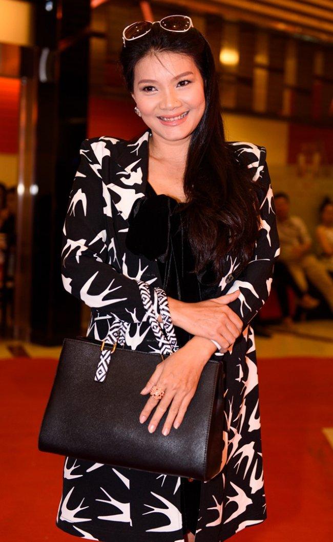 """Kiều Trinh từng gây ấn tượng với khán giả qua nhiều bộ phim và được khán giả nhắc đến với danh xưng """"nữ hoàng cảnh nóng""""."""