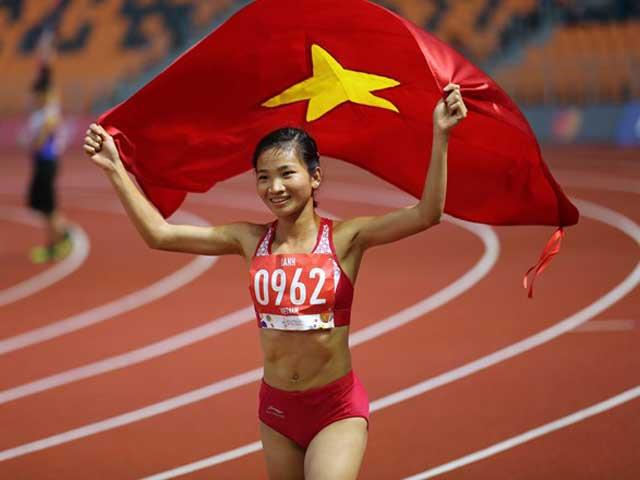 """""""Hạt tiêu"""" Nguyễn Thị Oanh giành giải Vận động viên tiêu biểu 2019"""