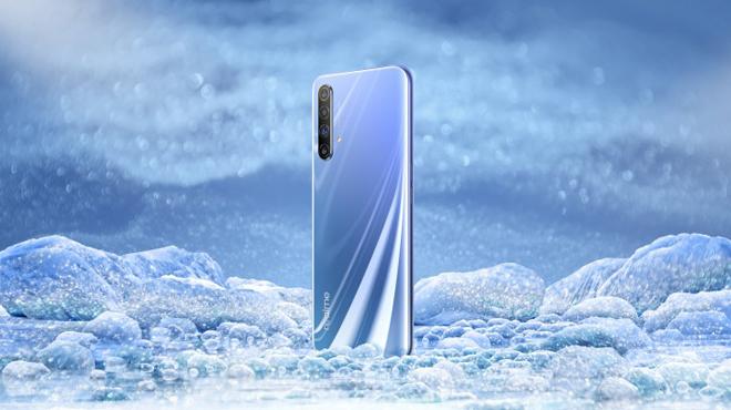 Realme X50 5G sẽ có tuổi thọ pin mà iPhone 11 Pro cũng chào thua - 1