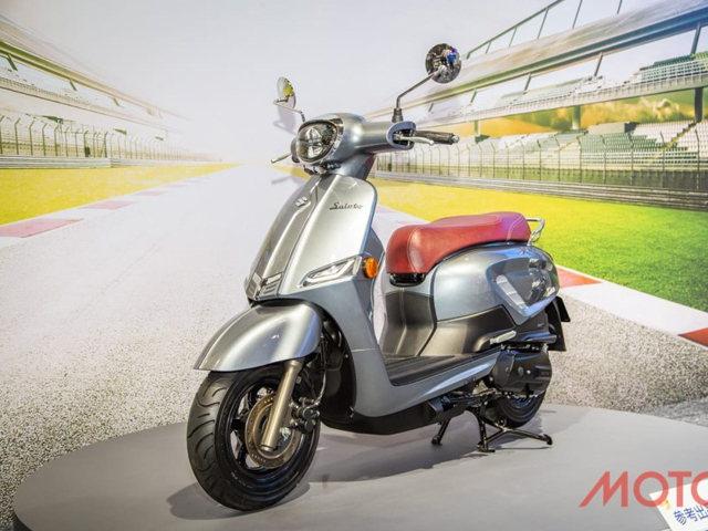 """Suzuki Saluto 125 ra mắt xe tay ga mới, giống Vespa """"không hề nhẹ"""""""