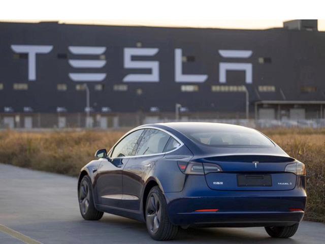 Tesla Model 3 sản xuất tại Trung Quốc đã chính thức được bán ra