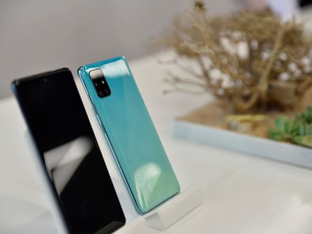 """Samsung Galaxy A51 """"dậy sóng"""" phân khúc tầm trung với doanh số bán hàng cực ấn tượng"""