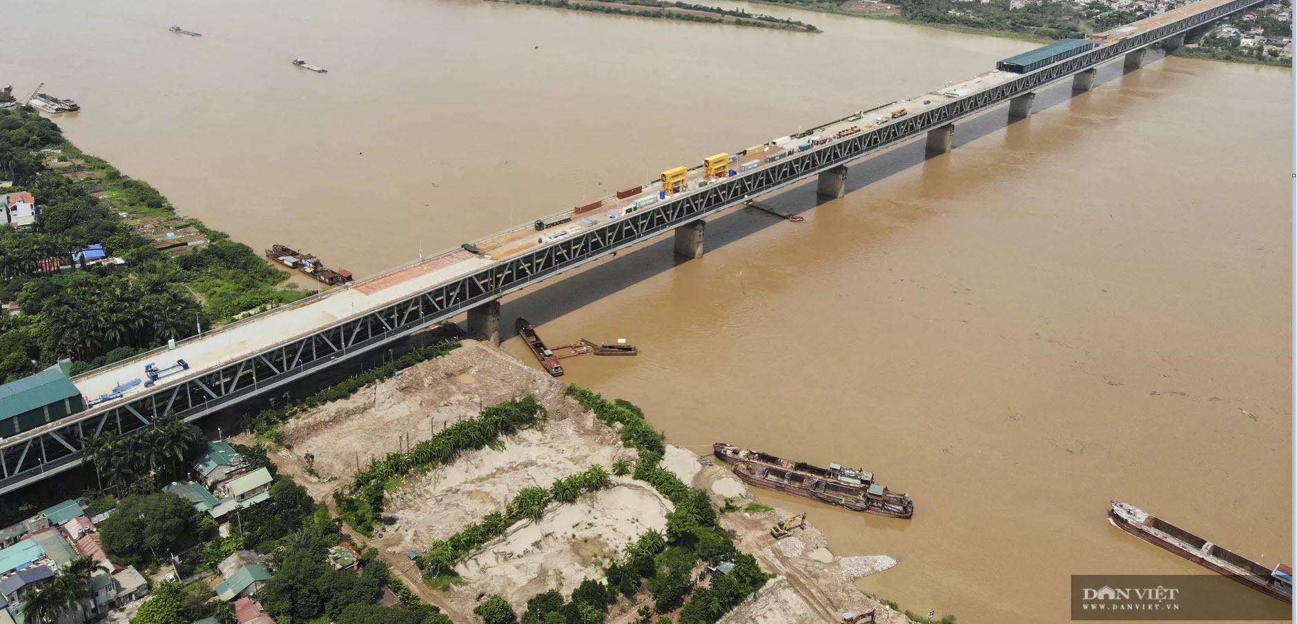 Emagazine: Ngày đêm hàn 1,5 triệu chiếc đinh lên mặt cầu Thăng Long - 4