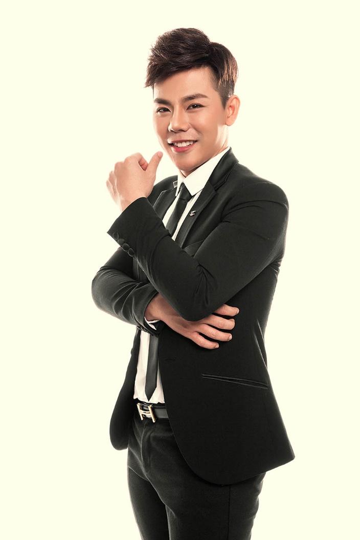 """Người giúp Minh Hằng, Hari Won và loạt Quán quân """"thay đổi giọng hát"""" là ai? - 1"""