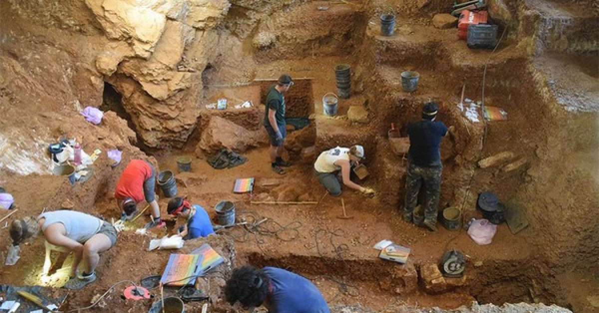 """""""Hang tình yêu"""" 40.000 tuổi: Nơi ra đời con lai giữa 2 loài người - 1"""