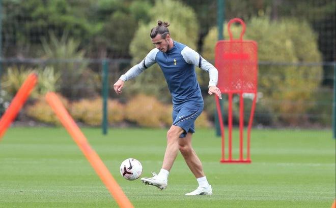 Bale tập buổi đầu với Tottenham: Bao giờ tái xuất, có kịp đấu MU cuối tuần? - 3