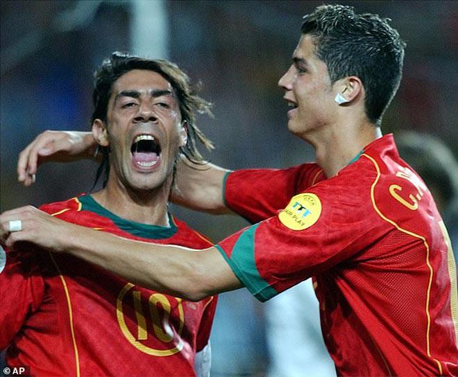 """Ronaldo được khen 300 năm sau vẫn nổi tiếng, bất ngờ """"nịnh"""" thầy mới Pirlo - 2"""