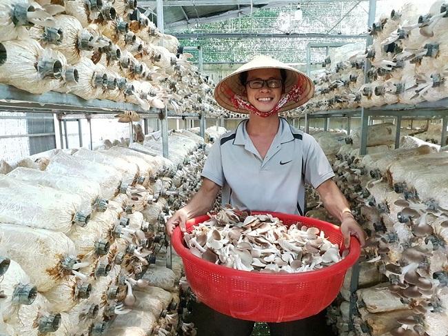 Mất công ty giày với doanh thu 2 tỷ/tháng, 9X Quảng Ngãi làm giàu với lĩnh vực nông nghiệp - 1