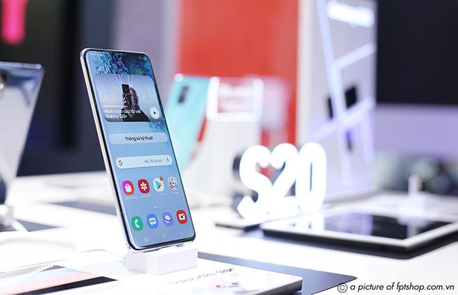 FPT Shop bán Galaxy S20+ giá sốc chỉ 14,99 triệu đồng - 1