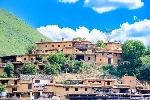 5 ngôi làng có tuổi đời hàng nghìn năm tuổi ở TQ mà ai cũng khao khát được ghé đến - 1