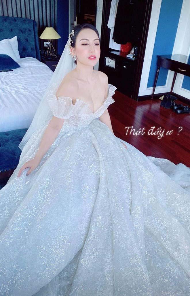 Lấy chồng châu Phi, tiểu thư Hà Nội đẹp ngất ngây trong bộ váy cưới gợi cảm - 8