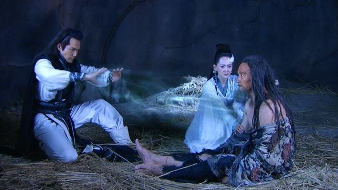 Phim Kim Dung: Rơi xuống vực, Trương Vô Kỵ gặp may, người này lại chết thê thảm! - 1