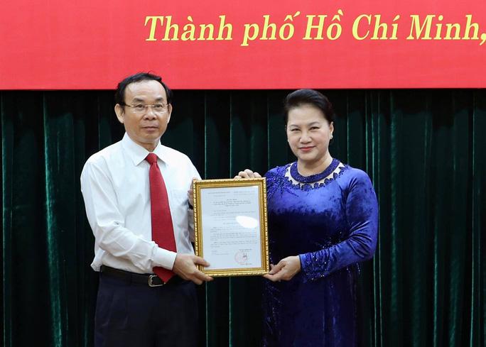 Ông Nguyễn Văn Nên được giới thiệu để bầu làm Bí thư Thành ủy TP.HCM - 1