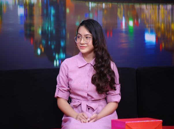 Ốc Thanh Vân ngưỡng mộ người mẹ đơn thân chấp nhận bỏ việc vì tương lai con gái - 1