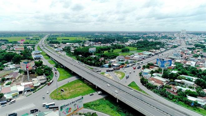 Tiềm năng bất động sản phát triển gắn liền với đô thị công nghiệp - 1